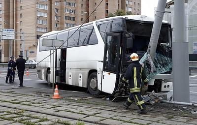 Рейсовый автобус попал в ДТП на востоке Москвы