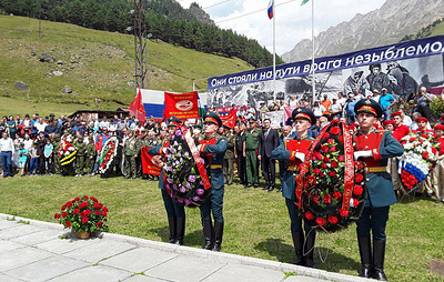 Останки 15 красноармейцев, погибших в боях за Эльбрус, перезахоронены в КБР
