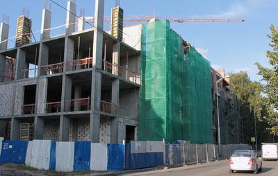 "Фасад здания ""Кройц-аптеки"" начала XX века в Калининграде восстановят до конца года"