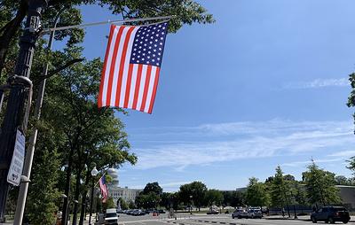 В столице США вывесили флаги с 51 звездой в поддержку наделения Вашингтона статусом штата