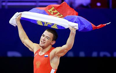 Российский борец греко-римского стиля Сурков стал серебряным призером ЧМ в весе до 67 кг