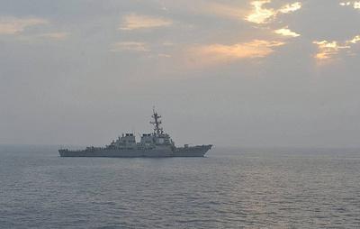 Черноморский флот взял на сопровождение эсминец ВМС США