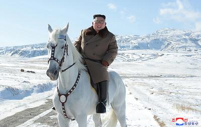Ким Чен Ын поднялся на священную для корейцев гору Пэктусан
