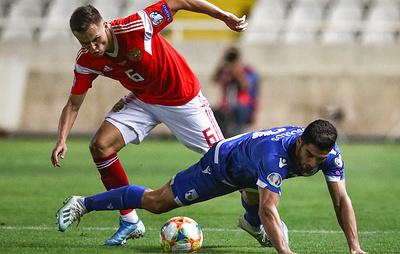 Футболисты сборной России Черышев и Семенов попали в сборную недели по версии УЕФА