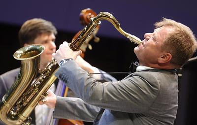 Бутман сыграет джаз в Госдуме на концерте в честь 90-летия Пахмутовой