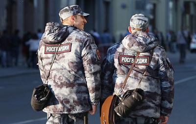 В Москве росгвардейцы задержали неадекватного мужчину, который проник в детский сад