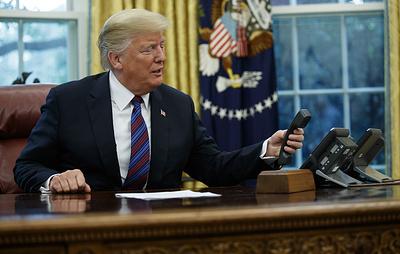 Трамп заявил, что уже многие годы не пользуется личным мобильным телефоном