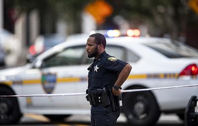 Fox: власти США задержали шесть саудовцев около базы ВМС во Флориде после стрельбы