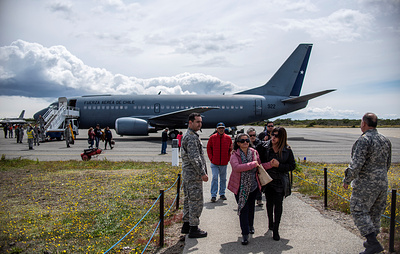 СМИ: в зоне поиска пропавшего самолета ВВС Чили обнаружили останки людей