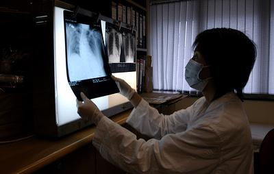 В Гонконге госпитализировали еще 6 человек с пневмонией после поездок в Ухань