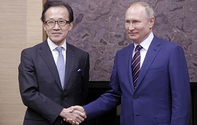 Путин отметил поступательное развитие российско-японских отношений