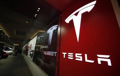 В США регулятор проводит проверки из-за жалоб на неполадки в 500 тыс. машин от Tesla