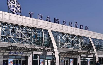 В Новосибирске эвакуировали пассажиров самолета перед взлетом из-за возгорания в двигателе