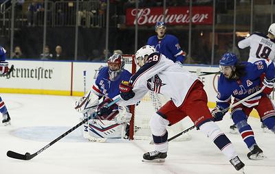"""""""Рейнджерс"""" проиграли """"Коламбусу"""" в матче НХЛ. Шестеркин отразил 29 бросков"""