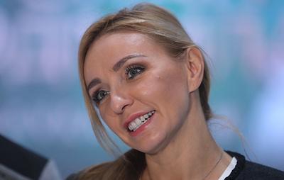 Навка рассказала, что рада до слез победе фигуристов Сицициной и Кацалапова на ЧЕ