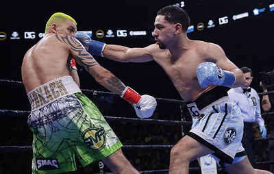 Американский боксер Гарсия стал претендентом на титул чемпиона мира, победив Редкача