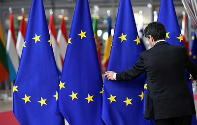 Источник: ЕС может ввести санкции против нескольких российских чиновников
