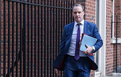 Глава МИД Британии утверждает, что Россия совершает атаки на британские телекоммуникации