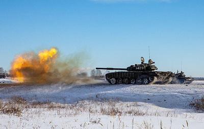Учения с участием двух тысяч военных начались на Южном Урале