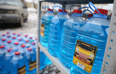 Большинство омывающих жидкостей могут повредить работу дворников автомобиля