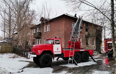 Четыре человека пострадали при пожаре в жилом доме в Красноярске