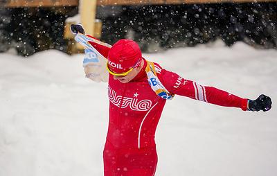 """Когда лыжи не едут. Большунов из-за проблем с инвентарем упустил победу в """"Ски Туре"""""""