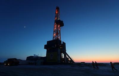 Цена нефти Brent опустилась ниже $56 за баррель