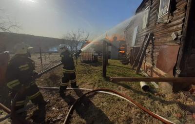 Во Владимирской области локализовали возгорание пяти домов