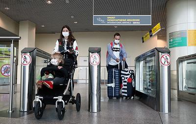 Вернувшихся в РФ с признаками респираторных заболеваний будут тестировать на COVID-19
