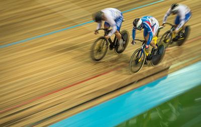 Чемпионы России в велотреке Ростовцевы из-за отмены авиарейсов пока не могут покинуть Кипр