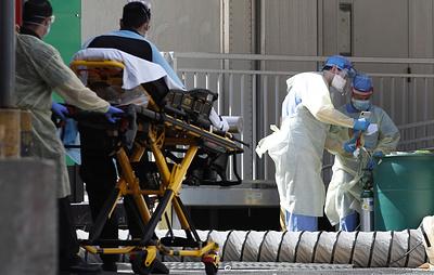 В США число жертв коронавируса достигло рекордных 1 736 в сутки
