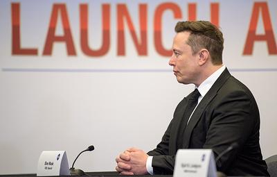 Маск после пилотируемого запуска Crew Dragon к МКС вспомнил о шутке Рогозина про батут