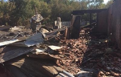 В Омске возбудили дело из-за пожара, уничтожившего четырехквартирный дом