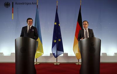 """Берлин призвал Киев к компромиссам по Донбассу, а Украина заявила о """"красных линиях"""""""