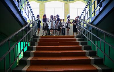 Для 8,5 тыс. выпускников школ Сахалинской области прошел последний звонок