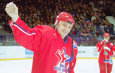 По прозвищу Русский Танк. Хоккеисту Андрею Коваленко исполнилось 50 лет