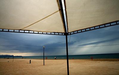 Эксперт: туристы из-за закрытых пляжей отказываются от отдыха на Кубани