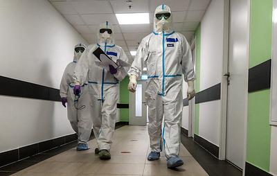 В России выявляют менее 10 тыс. новых случаев заражения в сутки уже больше трех недель