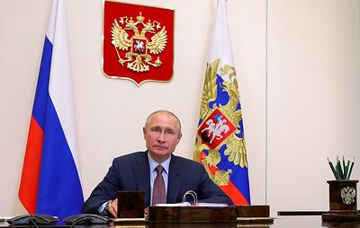 Путин поддержал идею назвать улицы в честь волонтеров-медиков