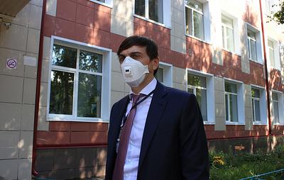 Кравцов: голосование по конституции на участках в школах не повлияло на безопасность ЕГЭ