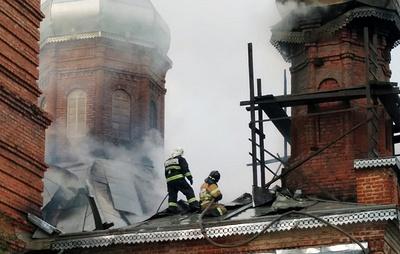 В Вологодской области горевшую от удара молнии церковь XIX века восстановят силами жителей