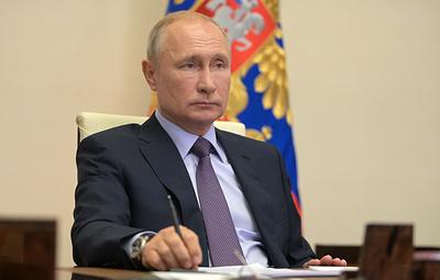 Путин обратил внимание на необходимость снизить стоимость жилья, сократив издержки