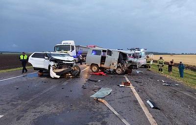 В Ростовской области четыре человека пострадали в ДТП со скорой