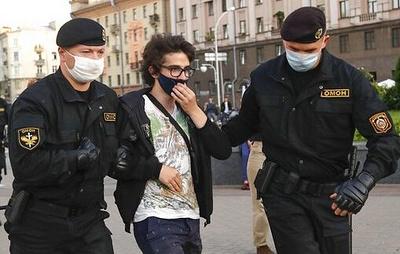 В Минске задержаны около 200 участников стихийной акции солидарности