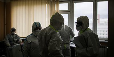В РФ 15 дней подряд не более 6 тыс. заражений в сутки. Главное о коронавирусе за 3 августа