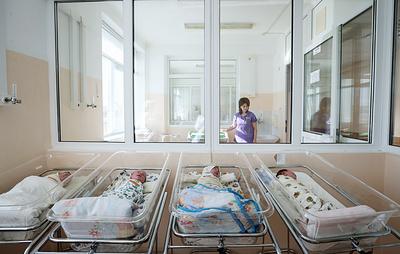 Переболевшие COVID-19 женщины могут передавать детям антитела с грудным молоком