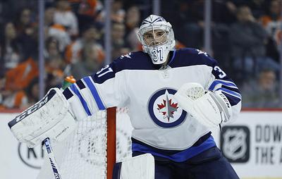 Хеллебайк получил приз лучшему голкиперу регулярного чемпионата НХЛ