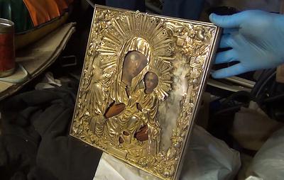 ФСБ показала видео задержания похитителей древней иконы из Валдайского монастыря