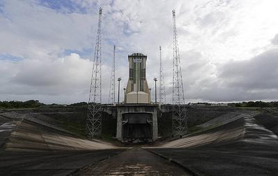 """Старт ракеты """"Союз-СТ-А"""" со спутником ОАЭ с космодрома Куру отложен до 2 декабря"""