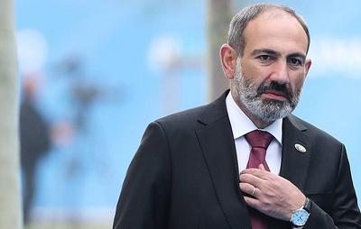 Президент Армении уволил замначальника Генштаба после критики Пашиняна
